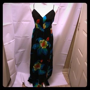 NWT forever 21 contemporary floral maxi dress